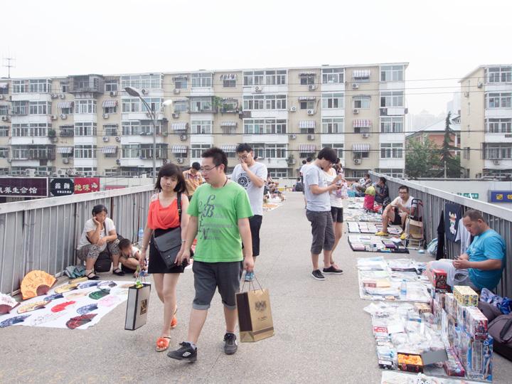 NormalGallery_AustralianStatues_Stalls_Beijing_07