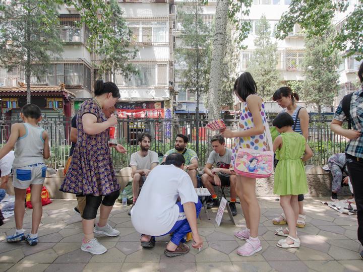 NormalGallery_AustralianStatues_Stalls_Beijing_10
